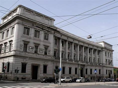 ufficio postale ancona allarme bomba evacuato il palazzo delle poste centrali ad