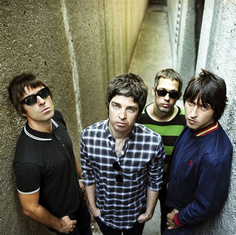 "Served Three Ways: Three Covers of Oasis' ""Wonderwall""   Turntable Kitchen"