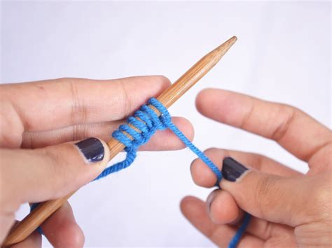 how to knit thumb how to cast on in knitting thumb method 11 steps
