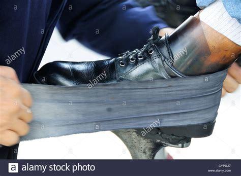 Schuhe Polieren Tuch by Shoeshine Stockfotos Shoeshine Bilder Alamy