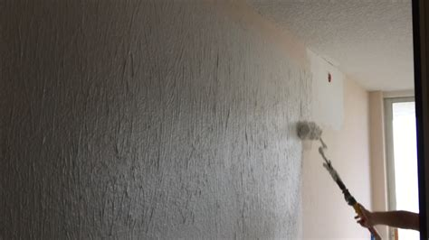 How To Paint A Ceiling With A Roller by Texture A Ceiling With Roller Ceiling Tiles