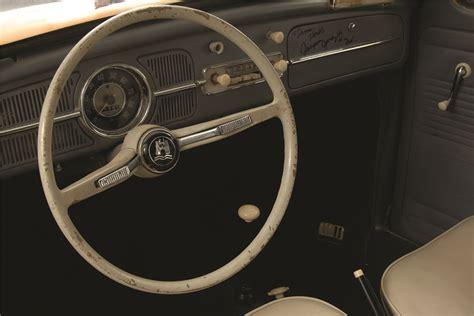 volkswagen beetle 1960 interior 1960 volkswagen beetle shaking herbie 201473