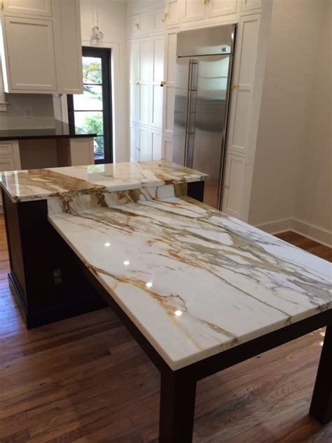 calcutta gold quartz brown quartz kitchen tops calacatta gold marble island