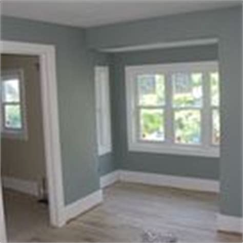 glidden paint colors bermuda bay white forest khaki via mycolortopia rooms