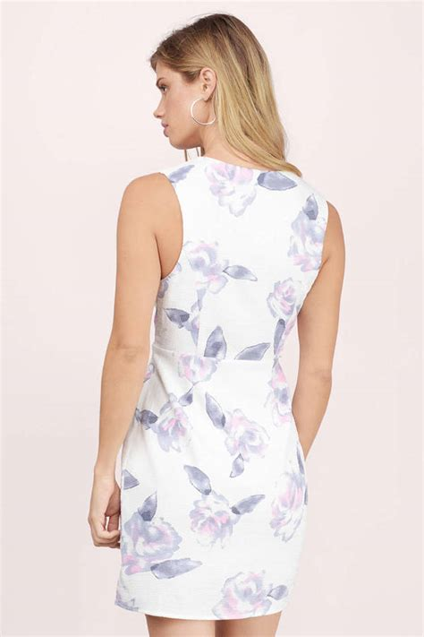 Sabina Maxy White white floral bodycon dress white dress v