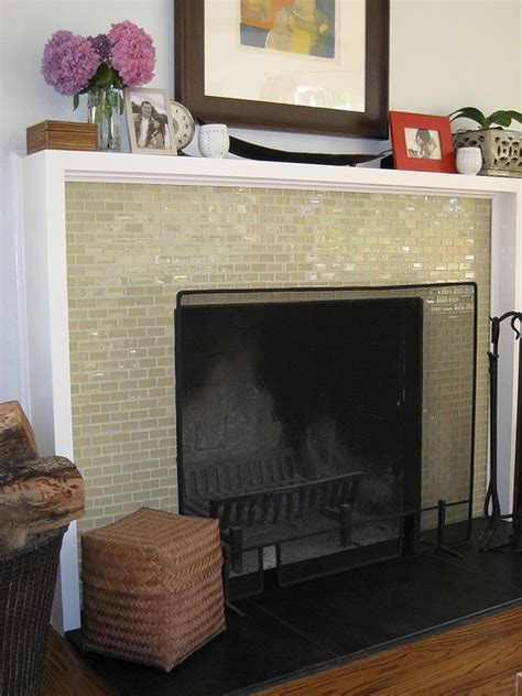 This Is Similar To How We D Like To Do Our Fireplace Glass Fireplace Surround
