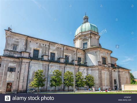 intra italien basilica di san vittore intra verbania italy basilica