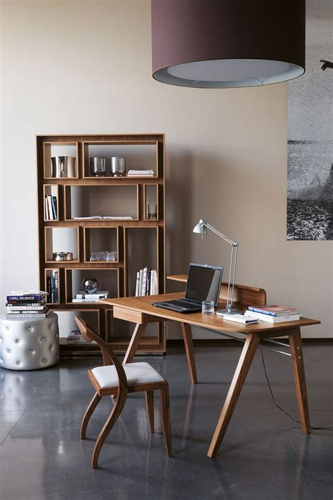 5 trendy desks to complete the modern home office