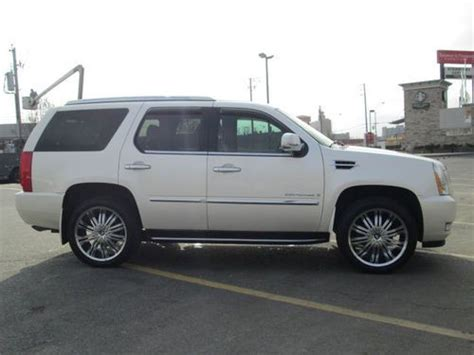 base sport utility 4 door sell used 2007 cadillac escalade base sport utility 4 door 6 2l price 8800 00 in north