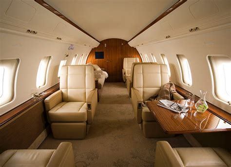 challenger 605 cost the costs of buying and operating a challenger 605