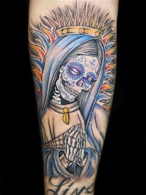 santa muerte tattoo meaning santa muerte images pictures to pin on tattooskid