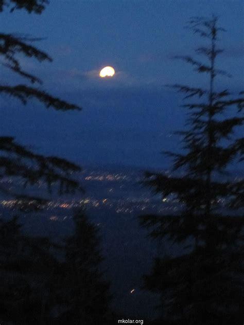 Moon Rising moon rising above courtenay comox feb 14 2014