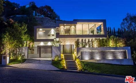 home design house in los angeles 7 1 million newly built contemporary home in los angeles