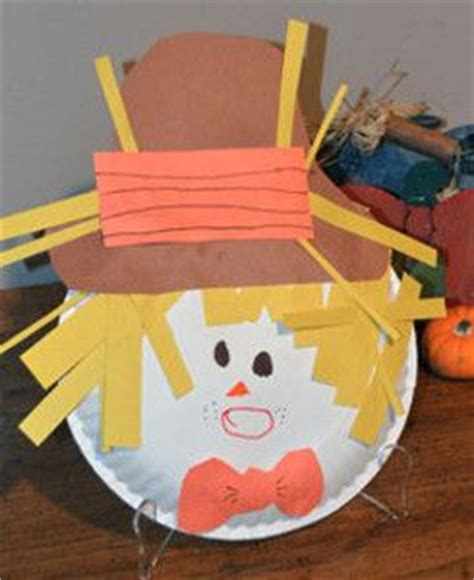 Paper Plate Scarecrow Craft - paper plate scarecrow seasons crafts and the o jays