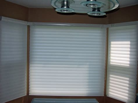 Bow Window Shades 14 best bay amp bow window treatments images on pinterest