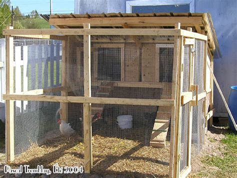 Chicken House Design And Construction In Kenya Construire Un Poulailler Poulailler Plan Construction