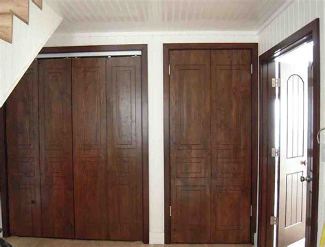 Wooden Closets With Doors Bifold Closet Doors Ideas And Design Plywoodchair