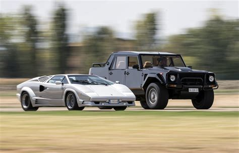 lamborghini jeep a look back at the lamborghini suv the lm002