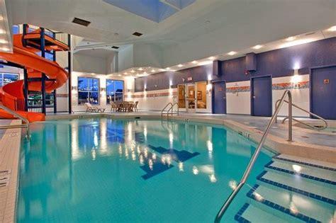 Backyard Pools Calgary Standard Room Inn Express Calgary South Picture