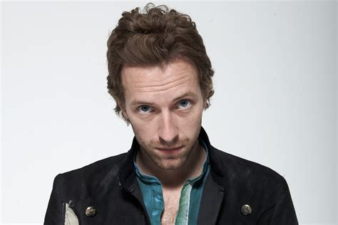 chris martin from coldplay biography coldplay s chris martin turns down the freedom of exeter nme