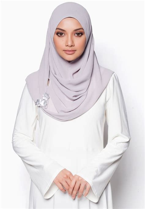 online tudung instant neelofar buy naelofar for zalora majestic love instant shawl online