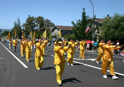 new year parade redwood city california falun gong participates in redwood city