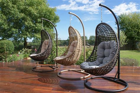 rattan malibu hanging pod chair outdoor garden furniture
