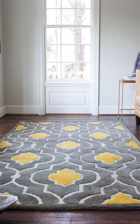 gray yellow bedrooms ideas  pinterest yellow