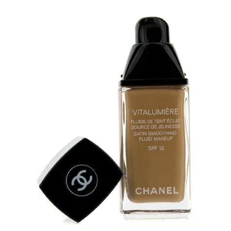 Chanel Vitalumiere Satin Smoothing Fluid chanel vitalumiere satin smoothing fluid spf15 50