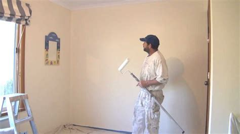 wall painters how to paint a wall using a roller the best technique
