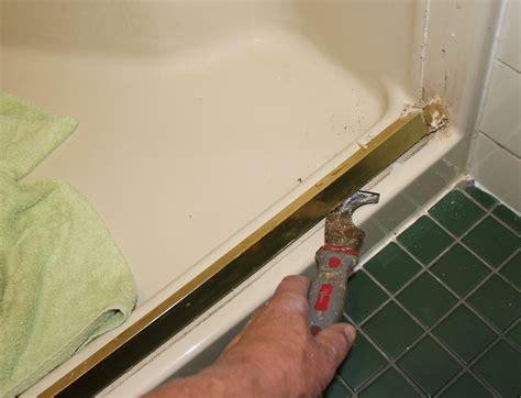Shower Door Bottom Track Delta Shower Doors Design Your Own Shower Doors In Three Easy Steps