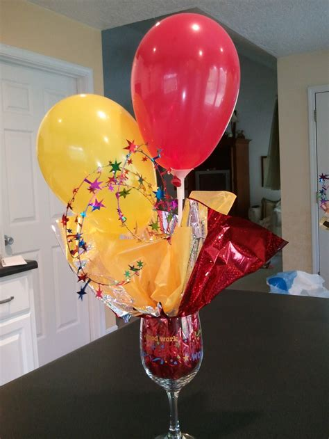 15 Best Images About Balloon Stick Centerpiece On Balloons Centerpieces For Tables