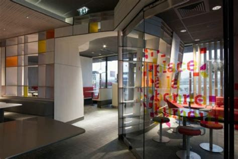 mcdonald designer in mcdonald s refreshes its brand with architecture and design zdnet