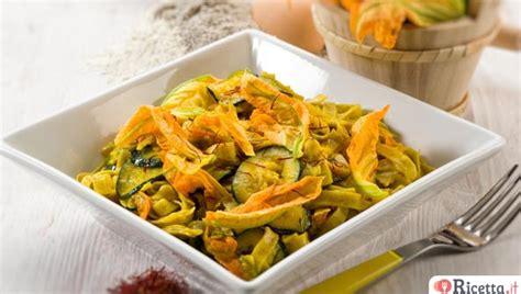 ricetta pasta con i fiori di zucca 5 ricette con i fiori di zucca ricetta it