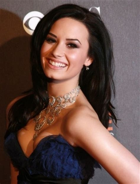 demi lovato casual french twist with side swept bangs 1000 ideas about demi lovato hairstyles on pinterest