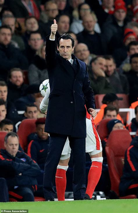 arsenal coach arsenal appoint unai emery as new head coach daily mail