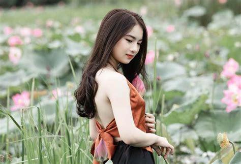 top info gaya rambut panjang wanita ala korea