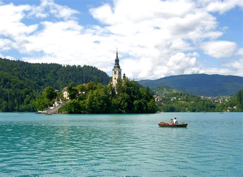 row boat to bled island lake bled rowing and boat rentals apartments fine stay