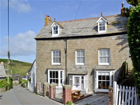 port isaac holiday cottages hillside self catering