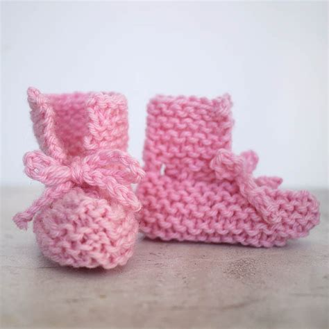 easy knit booties pattern baby booties knit pattern easy free