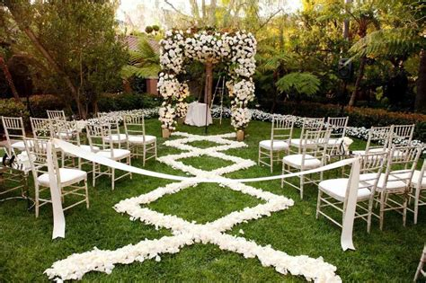 Wedding Ceremony Pics by Outdoor Wedding Ceremony Decor Pics Inspirations