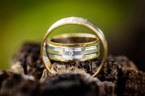 Wedding Rings Photos by 500 Engaging Wedding Rings Photos 183 Pexels 183 Free Stock