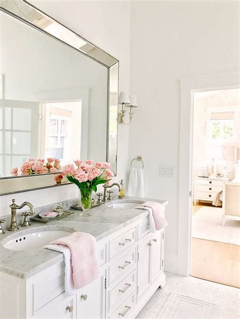 white master bathroom ideas best 25 white bathroom ideas on white