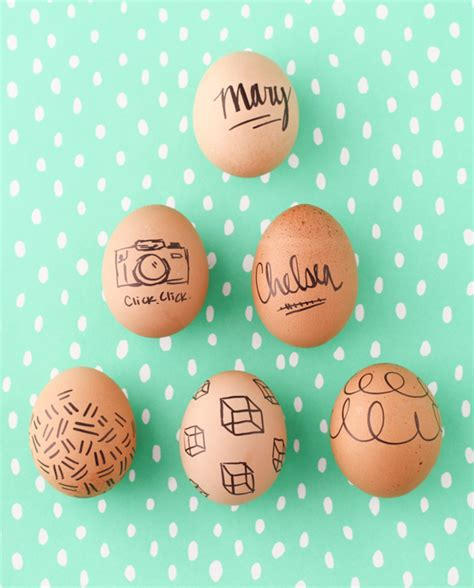 make this super easy easter egg diy with sharpies paper and stitch