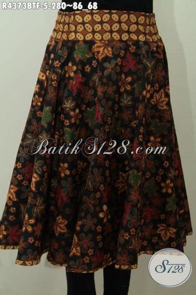 desain rok batik pendek rok batik pendek motif bunga bunga bahan adem yang nyaman
