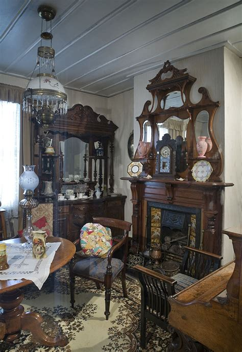 victorian livingroom file 19th century victorian living room auckland 0846