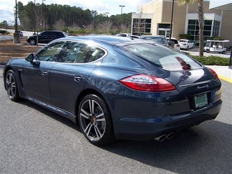 porsche panamera yachting blue 2010 porsche panamera 4s in yachting blue with two tone
