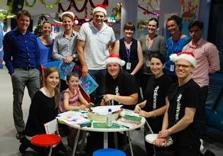 appliances online staff bring christmas cheer to sydney