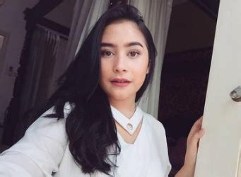 Lipstik Wardah Untuk Kulit Sawo Matang lipstik wardah untuk kulit sawo matang tutorial make up