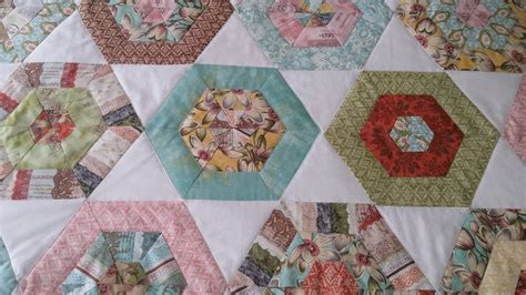 Quilt Curio by Cape Pincushion Curio Hexagon Quilt Finished At Last